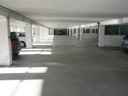*NEU* Ideale Kapitalanlage - 9 Parkhausstellplätze in Zwickau zu erwerben - Provisionsfrei