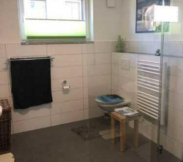 Moderne 2-Zimmer Wohnung mit Gartenanteil, TG und Keller!