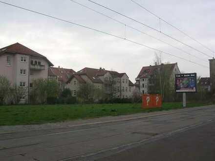 Gediegenes Baugrundstück in gewachsener Lage für bis zu 2.700 m² Wohnfläche