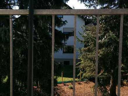 Erstbezug nach Sanierung mit Balkon: freundliche 3-Zimmer-Wohnung in Ober-Olm