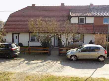 + Maklerhaus Stegemann + geräumige Doppelhaushälfte Nähe Neustrelitz