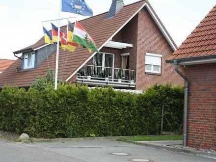 Top Wohnhaus mit 3 Einheiten  für hohe Anspüche im Nordseebad Otterndorf .