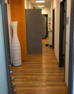 ++ Moderne Praxisräume im Zentrum von Backnang zu vermieten ! ++ Für den Mieter PROVISIONSFREI !