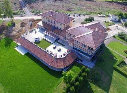 Hotel im Bergischen an der Brucher Talsperre zu verkaufen