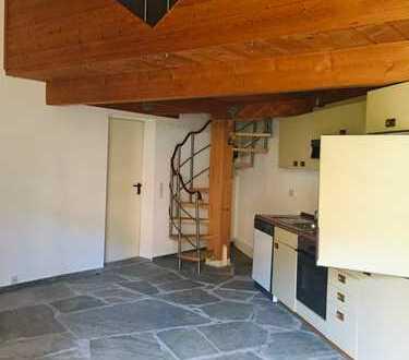 1-Zimmer Wohnung mit Schlafempore + Kamin