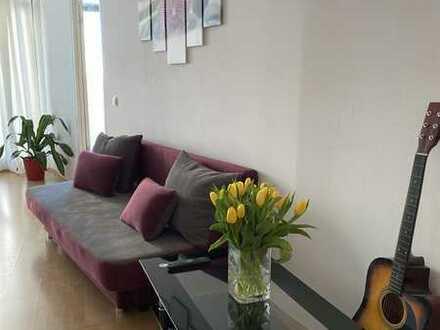 Möblierte 2-Zimmer Wohnung mit Balkon zur 6 monatigen zwischenmiete