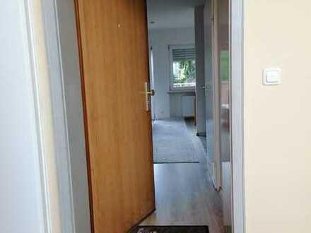 Schöne, geräumige ein Zimmer Wohnung in Regensburg, Steinweg-Pfaffenstein