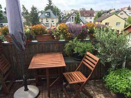Stilvolle 3-Zimmer-DG-Wohnung mit Balkon und Einbauküche in Bad Homburg