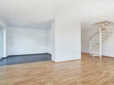 Schöne 4-Zimmer Maisonette Neubauwohnung in Eningen mit Aufzug