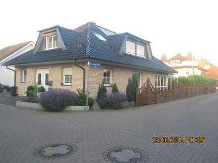 Neuwertige 2-Zimmer-DG-Wohnung mit EBK in Remagen