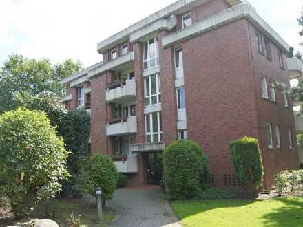 Stilvolle, geräumige und modernisierte 1-Zimmer-Wohnung mit Balkon und Einbauküche in Münster