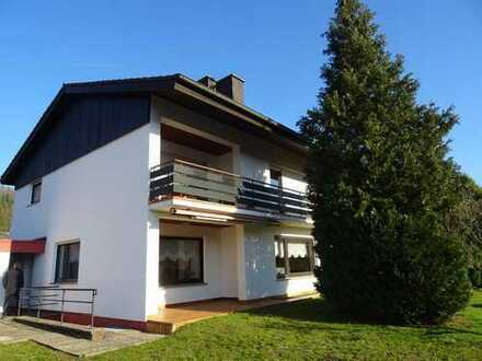 Sichere Anlage! Langfristig vermietetes 2 Familienhaus in Rodalben, Bestlage
