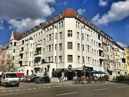 Grandiose 3-Zimmerwohnung im Winterfeldkiez - Stuckaltbau - fest vermietet -