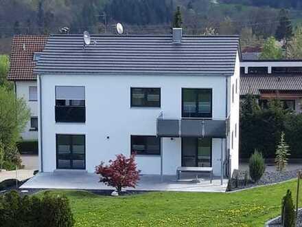 Steinegg, exklusives Einfamilienhaus (Bj.2018) mit hochwertiger Ausstattung und großzügigem Garten