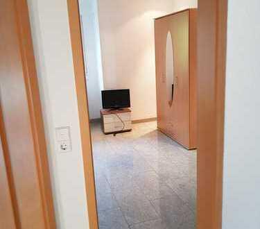 2x WG-Zimmer Vermietung in Luxushaus zentral Leonberg