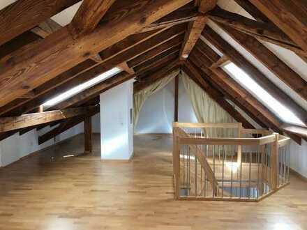 Geräumige, günstige und vollständig renovierte 3-Zimmer-Maisonette-Wohnung in Oberkirch