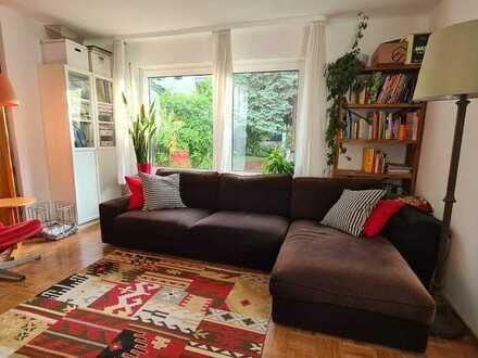 Gepflegte 4-Zimmer-Wohnung in ruhiger Lage, mit Terrasse und Balkon in Stuttgart/Bad Cannstatt