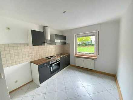 Geräumige 2-Zimmer Wohnung mit Einbauküche zu vermieten
