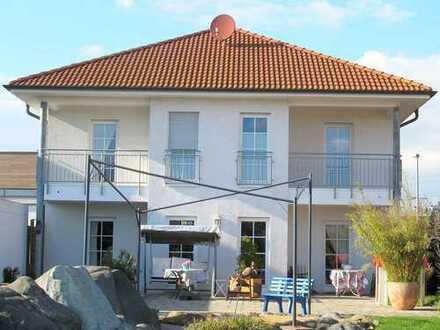Repräsentatives Einfamilienhaus mit kinderfreundlichem Garten in Erftstadt-Köttingen