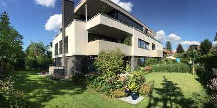 Exklusive Erdgeschoßwohnung mit großem Garten