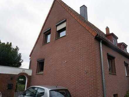 Doppelhaushälfte mit großem Garten in ruhiger Nebenstrasse, Ledeburg