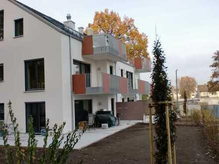 *ERSTBEZUG NEUBAU*, Exclusive Dachgeschosswohnung mit großer sonniger Loggia