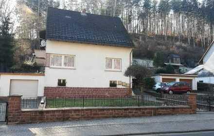Generalsaniertes Haus mit 5 Zimmern, 2 Bädern, EINBAUKÜCHE in Kaiserslautern (Kreis), Waldleiningen