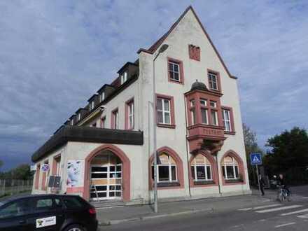 Geschäftshaus: 2 Stockwerke zu vermieten