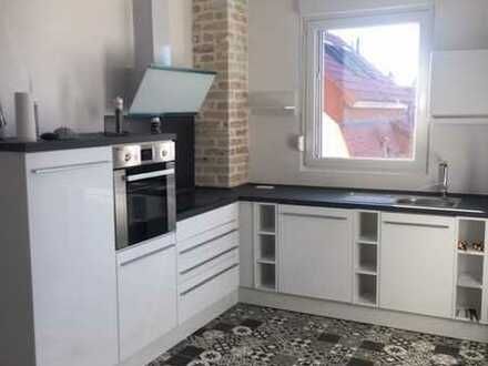 Erstbezug nach Sanierung mit Einbauküche: exklusive 2-Zimmer-Wohnung in Leimen