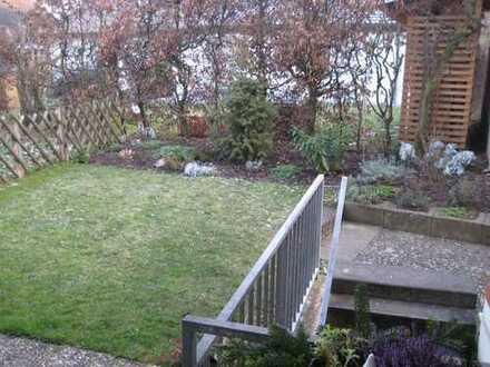 Gepflegte 2-Zimmer-Wohnung mit Terrasse, Gartenanteil und Hobbyraum