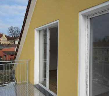 3-Raum-Wohnung mit 2 Balkonen & Bad /Wanne, 84,44 qm, 1.OG mit Echtholzparkett
