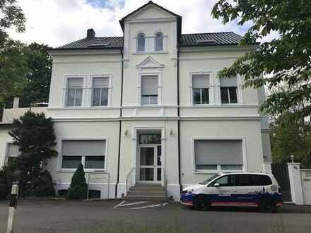 Schönes Mehrfamilienhaus im Villenstil direkt am Naturschutzgebiet