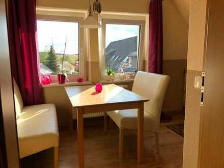 Schicke 3-Zimmer-DG-Wohnung mit gehobener Innenausstattung in Pöhl/ Christgrün