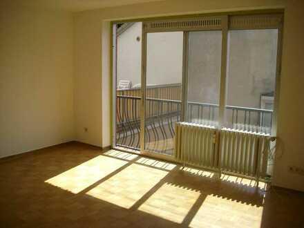 Schöne 2-Zimmer-Wohnung mit Einbauküche in Hameln / Nähe Berliner Platz