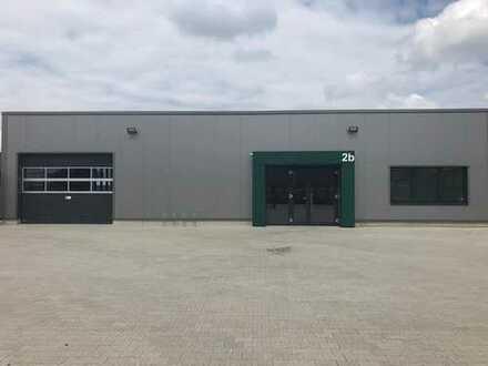 Neubau Halle | in A40 Nähe | zu vermieten | attraktive Ausstattung | zahlreiche Stellplätze