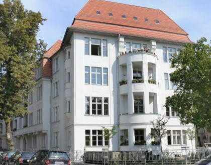 5 Zimmer Wohnung  So verschieden, so vereint: Potsdam-West