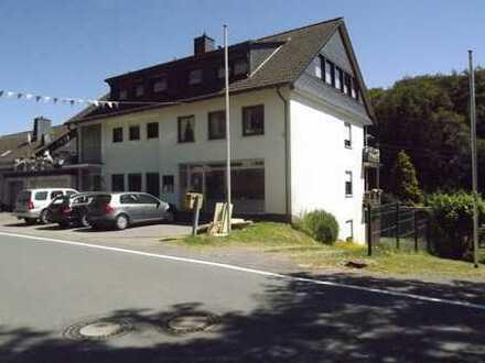 Sehr werthaltiges MFH (5 WE) in Top-Lage von Drolshagen-Schreibershof