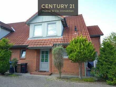 Doppelhaushälfte in grüner zentraler Lage zu verkaufen!