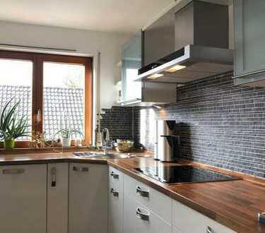 Stilvolle, gepflegte 4 1/2 Zimmer Penthouse-Wohnung mit Balkon und EBK in Eislingen/Fils