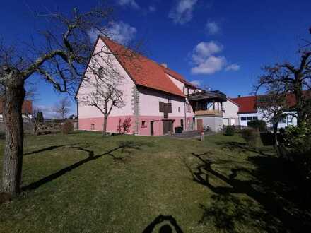 Großes Ein- oder Zweifamilienhaus mit Scheune und tollem Garten auf über 1.100m² Grundstück