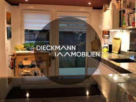Charmantes Zweifamilienhaus mit exklusiver Ausstattung