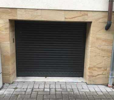 Garage für Kleinwagen mit Vorrüstung für Elektroladestation