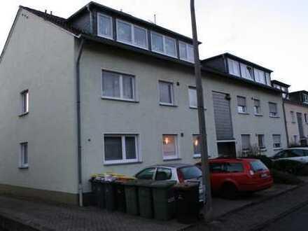Freundliche 2-Zimmer-DG-Wohnung in Niederkassel
