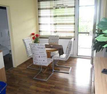 Gepflegte 3 Zimmer ETW mit Loggia, EBK+inkl. Außenstellplatz in ruhiger Lage Eschborn's