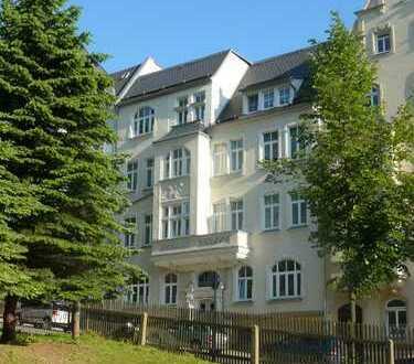 gemütliche, bezahlbare 3-Raum-Wohnung mit Balkon und Garten