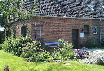 Freundliche 4-Zimmer-Wohnung im Grünen zur Miete in Hude (Oldb)