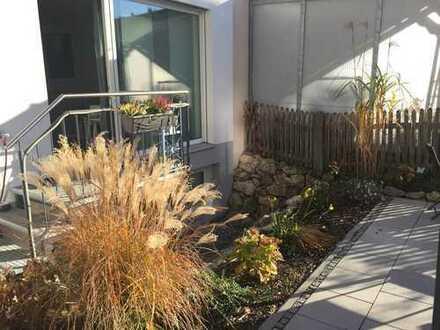 Für Gartenliebhaber - ruhig gelegene 2-Zimmer-Wohnung in München-Moosach