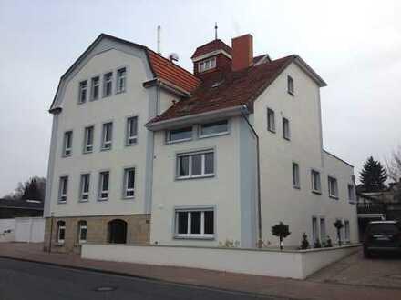 4-Zimmer-Wohnung mit Terrasse und EBK