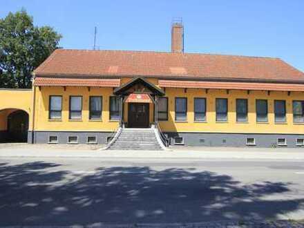 """VOLKSHAUS"" - Gaststätte mit Saal - Vielseitig - Perfekte Lage"