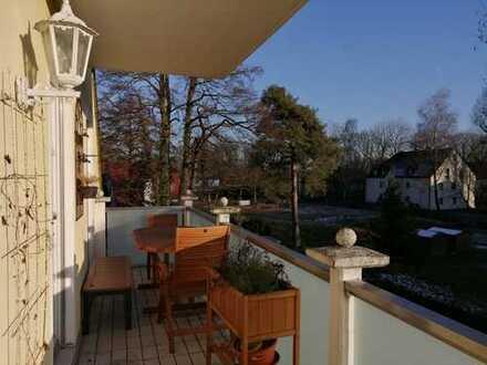 Schöne helle Maisonette-Wohnung mit 3 Balkonen in der Rothschwaige